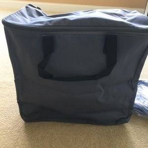 2 (two) Thirty One Storage Bags-black and gray.